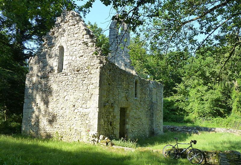 Photo du Monument Historique Ermitage de Fourche (restes) situé à Le Vaudoué