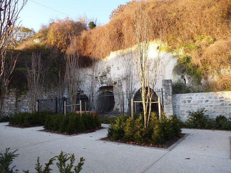 Photo du Monument Historique Caves Saint-Nicolas situé à Montereau-Fault-Yonne
