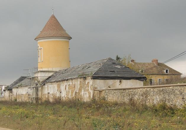 Photo du Monument Historique Domaine du Génitoy situé à Bussy-Saint-Georges