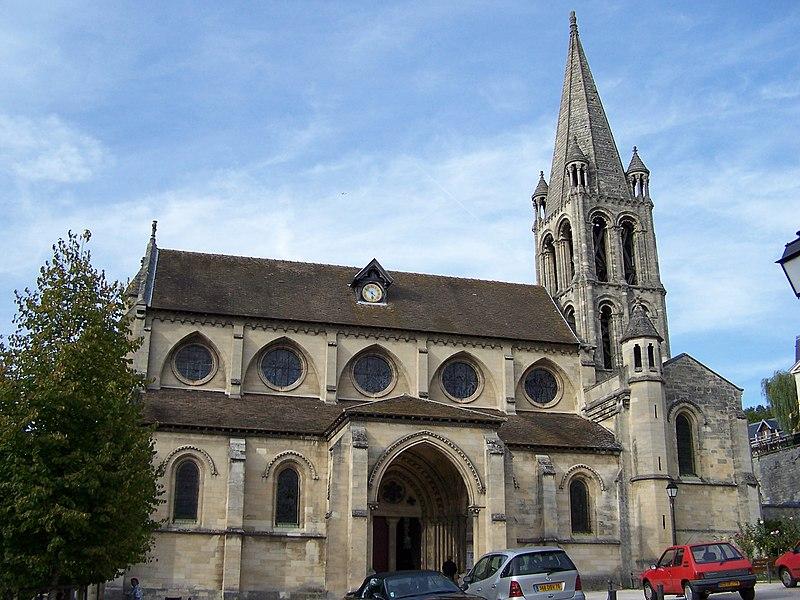 Photo du Monument Historique Eglise Notre-Dame situé à Bougival