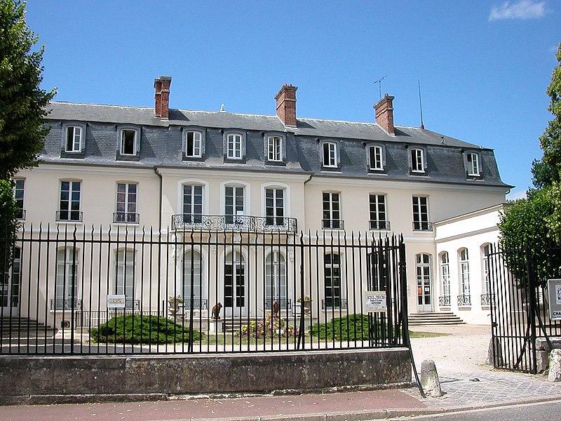 Photo du Monument Historique Château situé à Croissy-sur-Seine