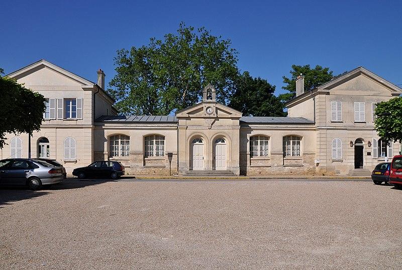 Photo du Monument Historique Maison dite Maison de Charité situé à Croissy-sur-Seine