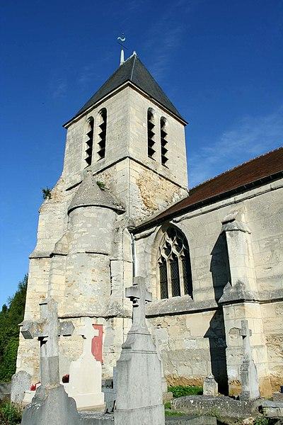 Photo du Monument Historique Eglise et croix de cimetière situé à Lainville-en-Vexin