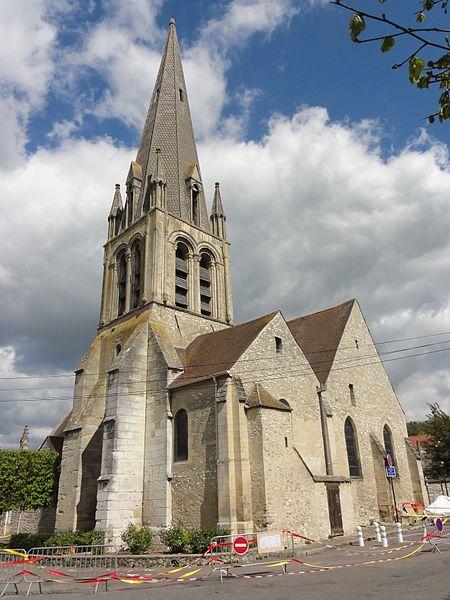 Photo du Monument Historique Eglise Saint-Aubin situé à Limay