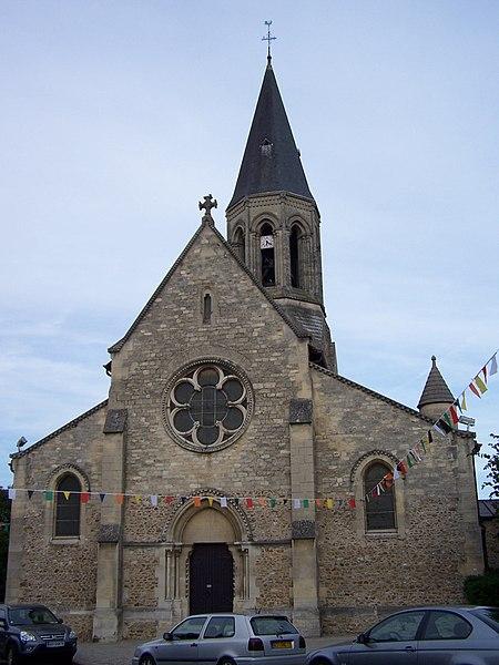 Photo du Monument Historique Eglise Saint-Martin situé à Louveciennes