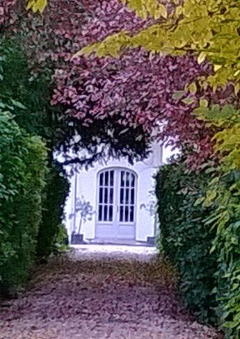 Photo du Monument Historique Ecuries du château situé à Maisons-Laffitte