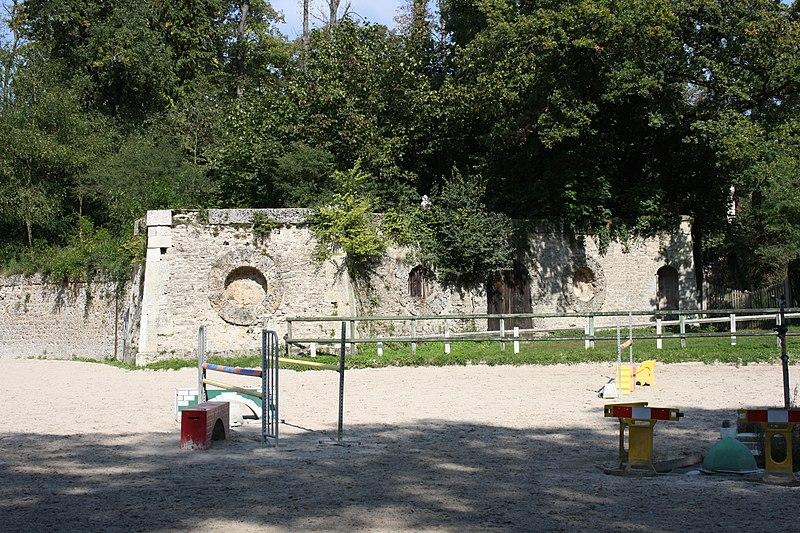 Photo du Monument Historique Ensemble dit Les Caves du Nord situé à Maisons-Laffitte