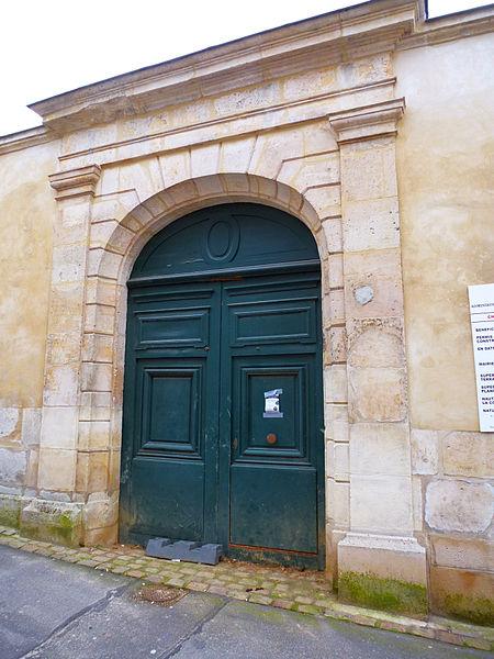 Photo du Monument Historique Hôtel situé à Mantes-la-Jolie