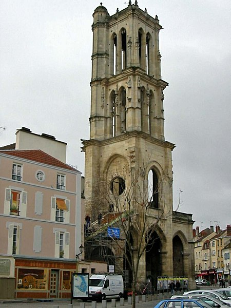 Photo du Monument Historique Tour Saint-Maclou situé à Mantes-la-Jolie