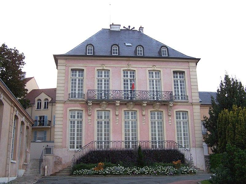 Photo du Monument Historique Hôtel Couvray ou Couvé situé à Marly-le-Roi