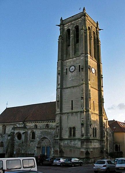 Photo du Monument Historique Eglise Saint-Nicolas situé à Maule