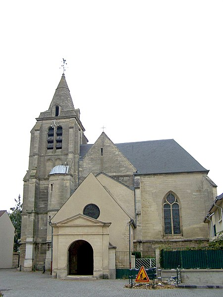 Photo du Monument Historique Eglise Saint-Vincent situé à Le Mesnil-le-Roi