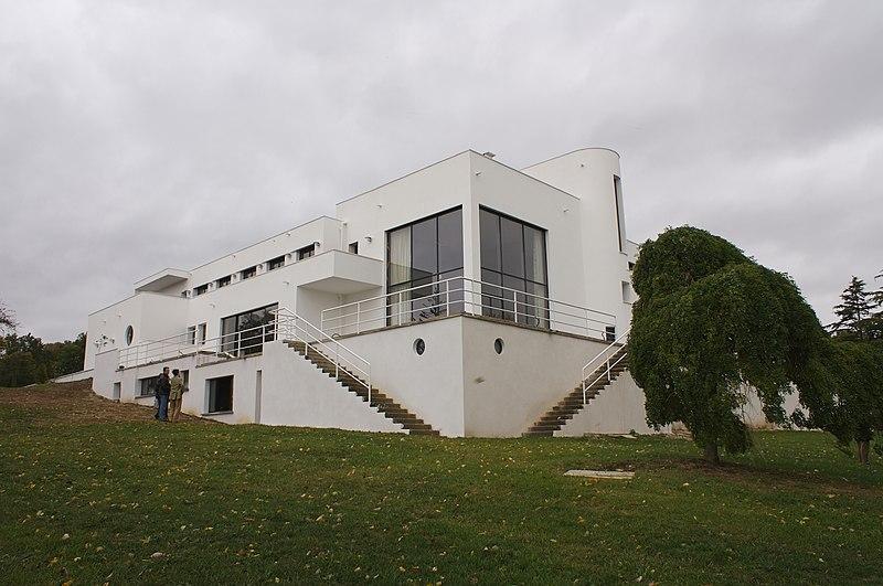 Photo du Monument Historique Château de Mézy dit le Gibet dit aussi Villa Poiret situé à Mézy-sur-Seine