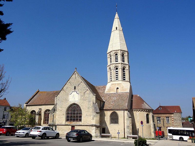 Photo du Monument Historique Eglise Saint-Pierre-Saint-Paul situé à Orgeval