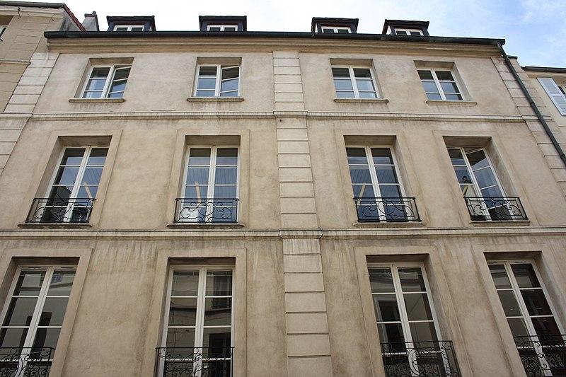 Photo du Monument Historique Hôtel de Créqui situé à Saint-Germain-en-Laye