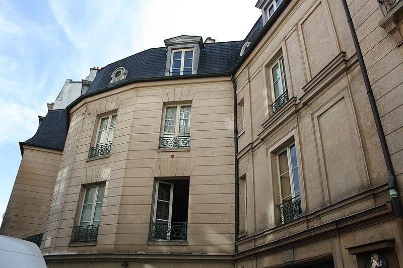 Photo du Monument Historique Hôtel de Villeroy situé à Saint-Germain-en-Laye
