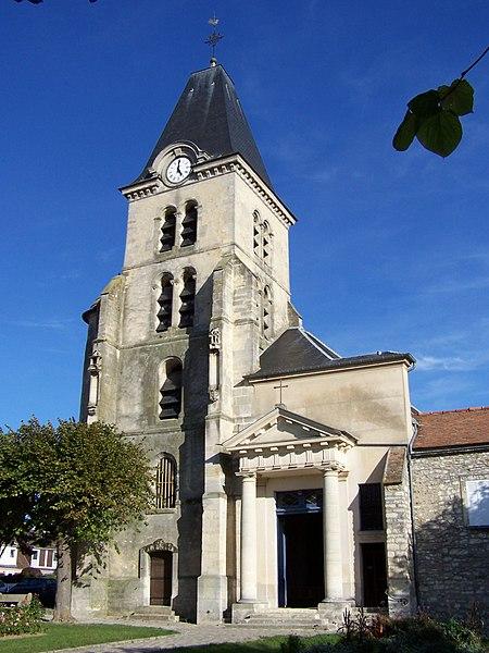 Photo du Monument Historique Eglise situé à Saint-Nom-la-Bretèche