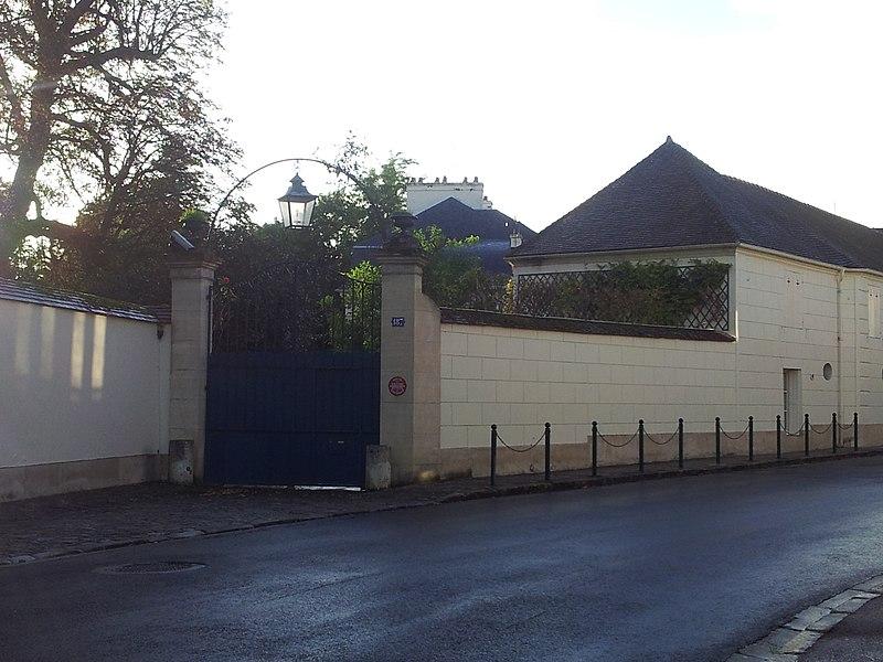 Photo du Monument Historique Pavillon d'Artois situé à Vaux-sur-Seine
