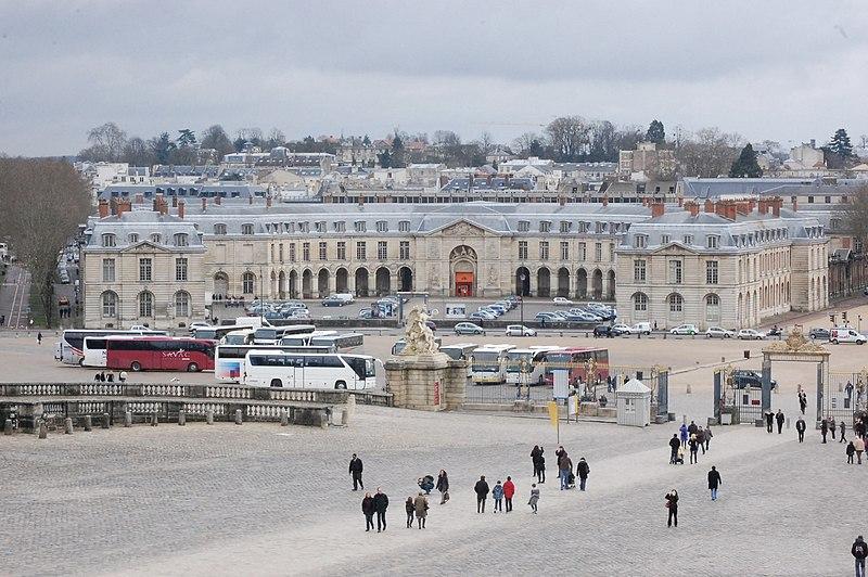 Photo du Monument Historique Domaine national : Grandes Ecuries situé à Versailles