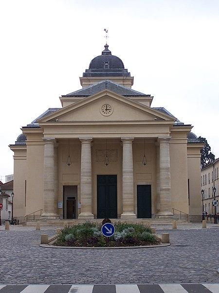 Photo du Monument Historique Eglise Saint-Symphorien situé à Versailles