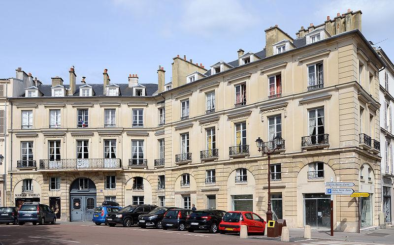 Photo du Monument Historique Immeubles situé à Versailles