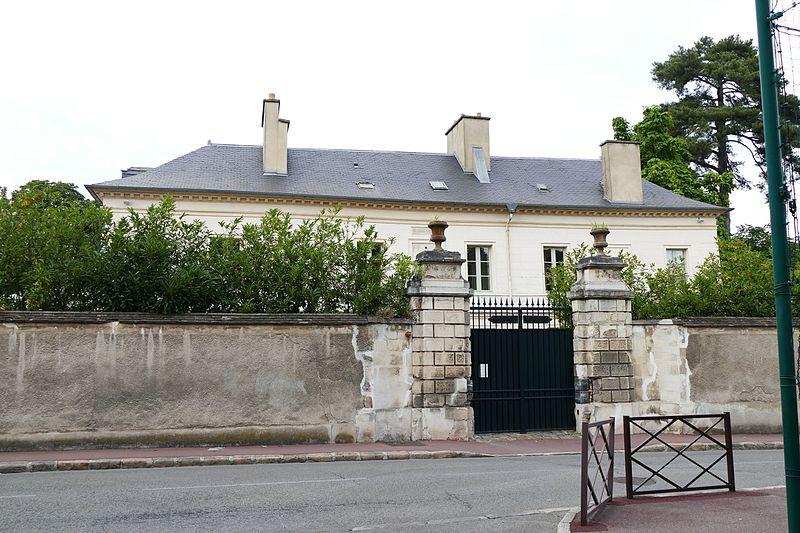 Photo du Monument Historique Pavillon Saint-Vigor situé à Viroflay