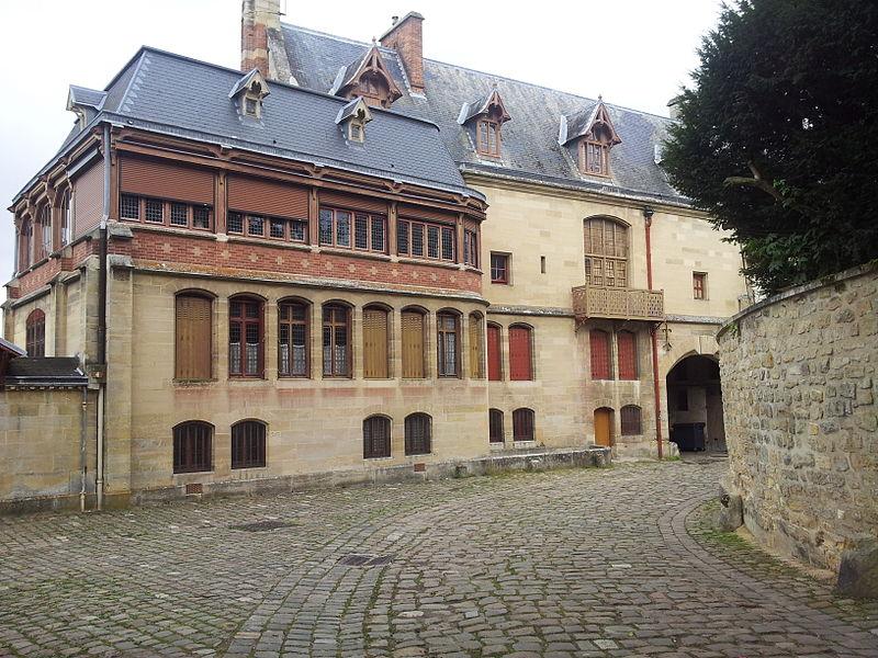 Photo du Monument Historique Propriété des Meissonnier situé à Poissy