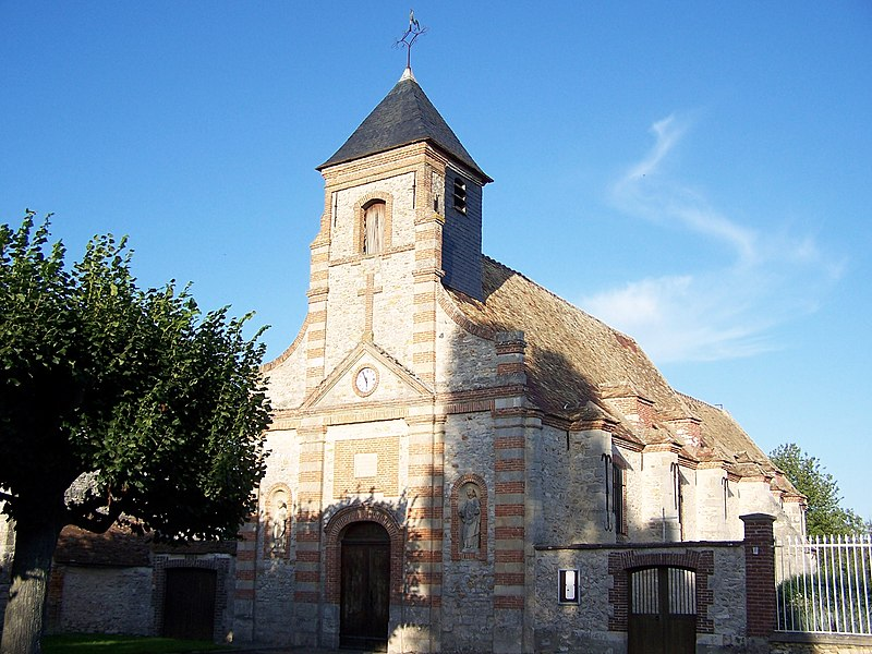 Photo du Monument Historique Eglise Saint-Pierre-Saint-Paul situé à Saulx-Marchais