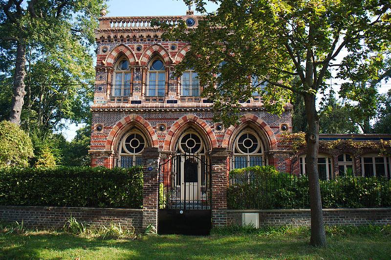 Photo du Monument Historique Maison dite  maison Doulton situé à Maisons-Laffitte
