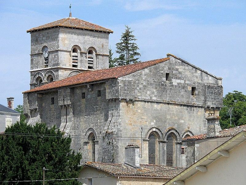 Photo du Monument Historique Eglise paroissiale Saint-Grégoire situé à Augé