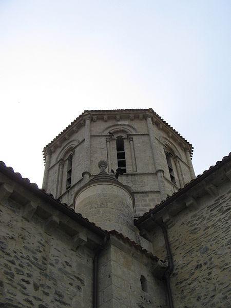 Photo du Monument Historique Eglise Saint-Pierre situé à Fenioux