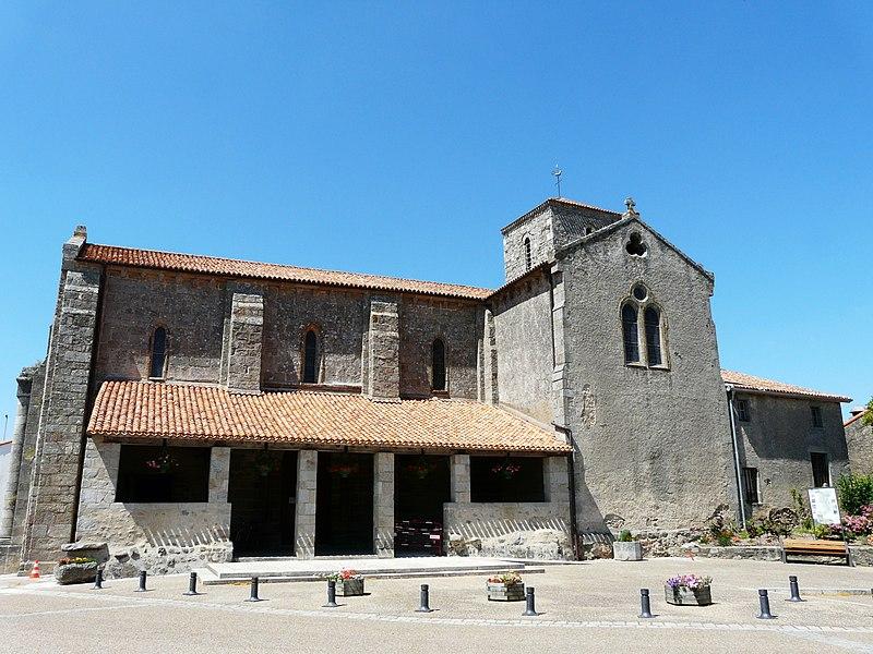 Photo du Monument Historique Eglise Saint-Hilaire situé à Gourgé