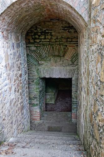 Photo du Monument Historique Hypogée gallo-romain situé à Louin
