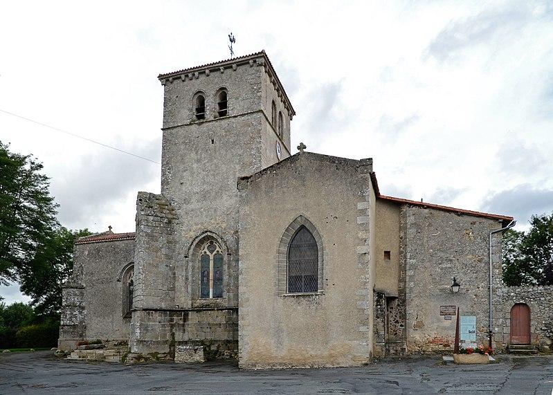 Photo du Monument Historique Eglise Saint-Jouin situé à Mauléon