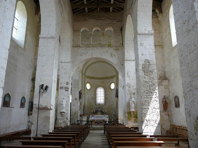 Photo du Monument Historique Eglise Saint-Généroux situé à Saint-Généroux