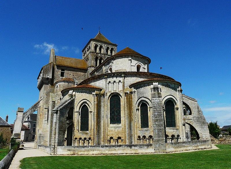 Photo du Monument Historique Ancienne abbaye Saint-Jouin situé à Saint-Jouin-de-Marnes