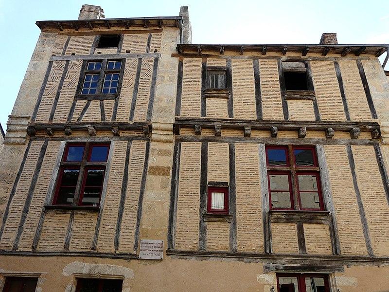 Photo du Monument Historique Maison situé à Saint-Loup-Lamairé