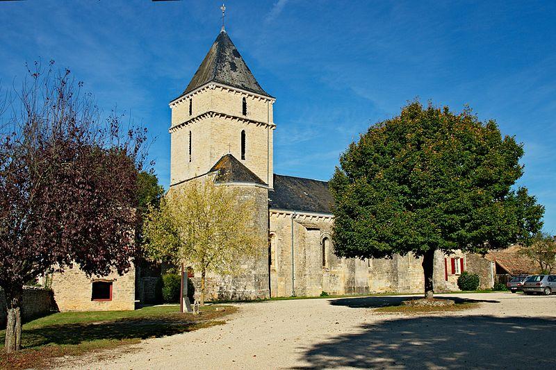Photo du Monument Historique Eglise Sainte-Soline situé à Sainte-Soline