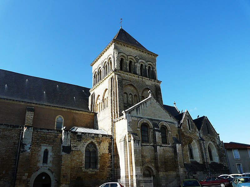 Photo du Monument Historique Eglise Saint-Laon situé à Thouars