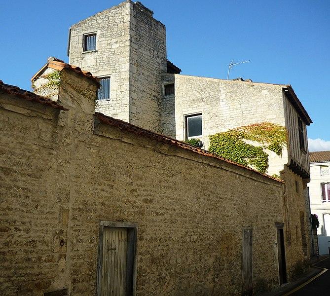 Photo du Monument Historique Immeuble situé à Niort