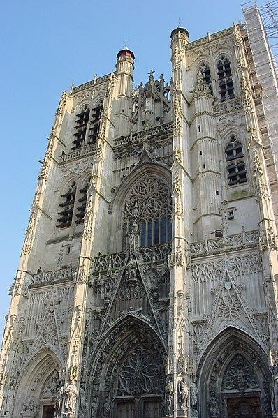 Photo du Monument Historique Eglise Saint-Vulfran ou ancienne collégiale situé à Abbeville