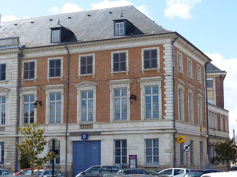 Photo du Monument Historique Hôtel de Buigny situé à Abbeville