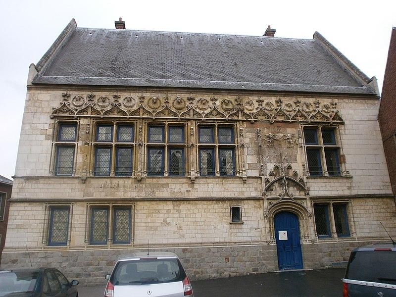 Photo du Monument Historique Immeuble dit Maison du Bailliage ou la Malmaison situé à Amiens