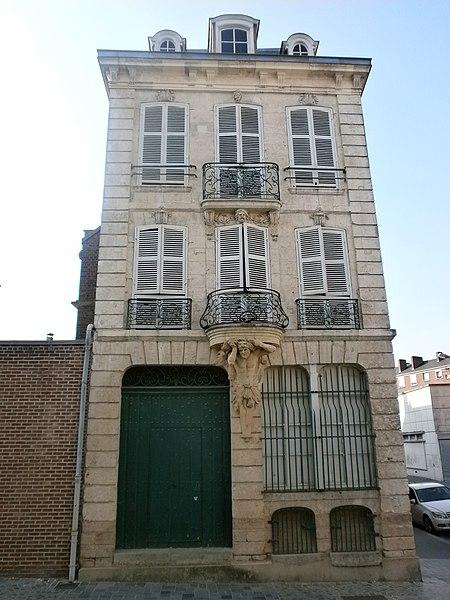 Photo du Monument Historique Maison dite du Samson situé à Amiens