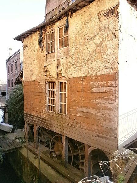Photo du Monument Historique Moulin Passe-Avant situé à Amiens