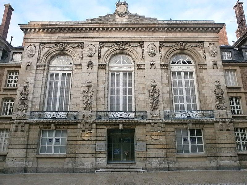 Photo du Monument Historique Théâtre situé à Amiens