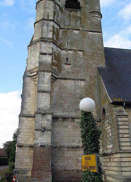 Photo du Monument Historique Eglise Saint-Pierre situé à Berneuil