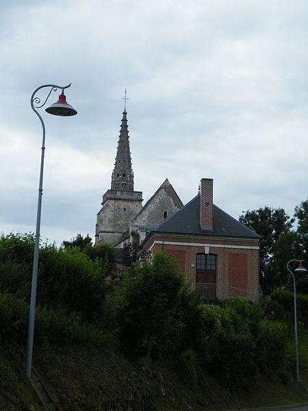 Photo du Monument Historique Eglise Saint-Pierre situé à Bouchon