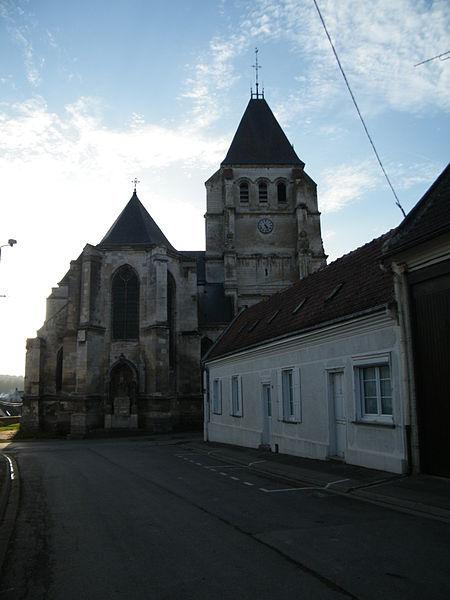 Photo du Monument Historique Eglise situé à Davenescourt