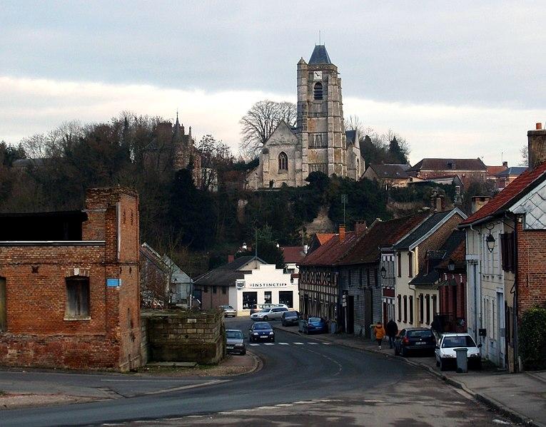Photo du Monument Historique Eglise Saint-Médard situé à Domart-en-Ponthieu